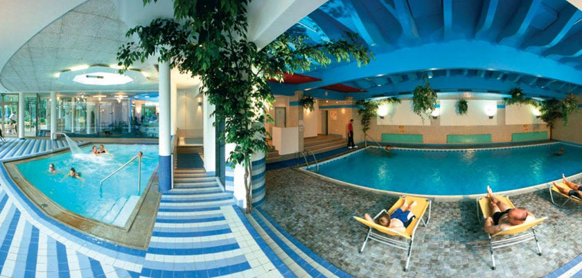 Sporthotel Strass, Mayrhofen, Austria - indoor swimming pool.jpg